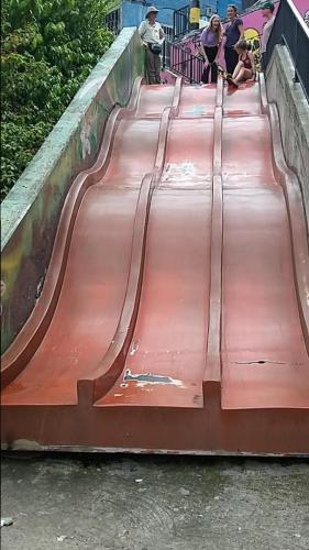 Slide in Comuna 13