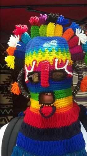 Mask made of yarn