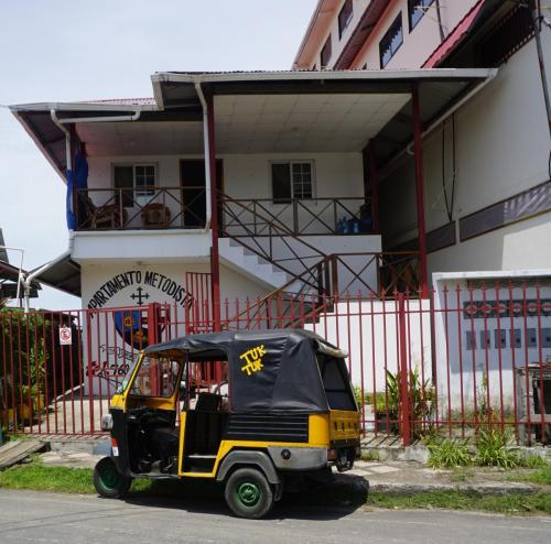 3 wheeled truck