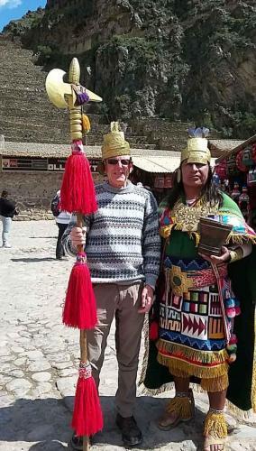 Dan and Inca warrior in the market
