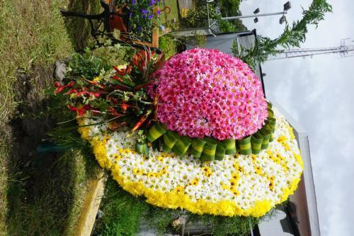 Hat made of flowers
